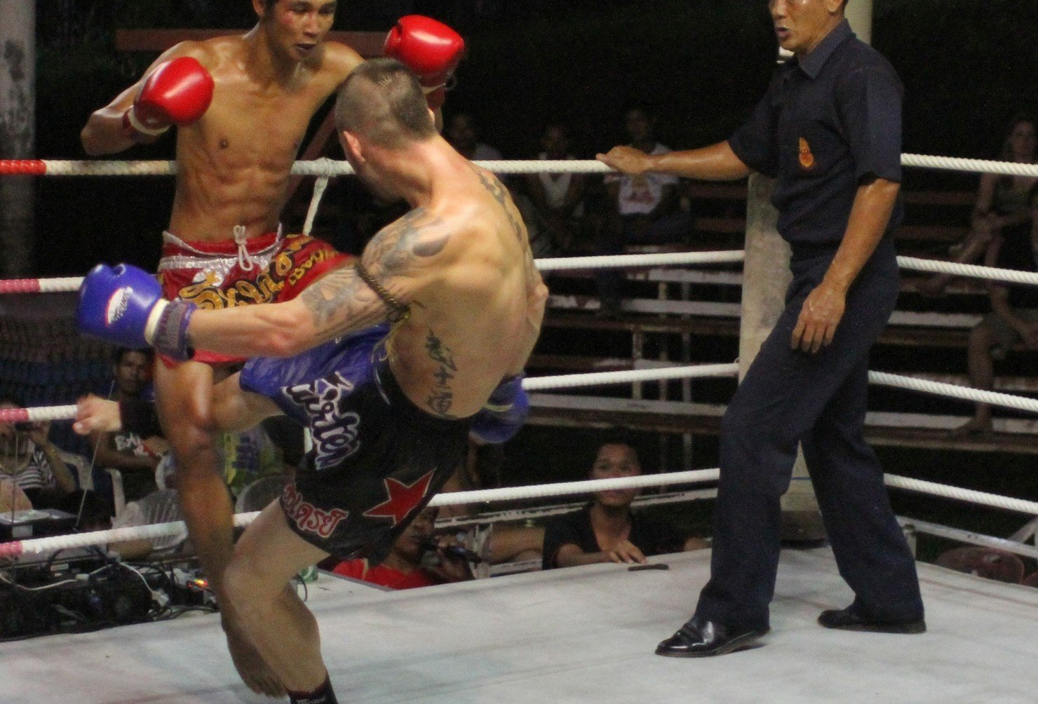 Learn Muay Thai Boxing